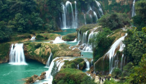 Водопады Бахо в Нячанге