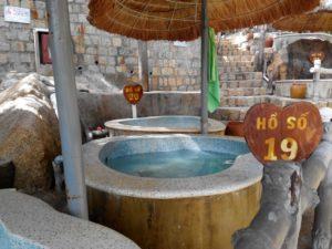 ванна с минеральной водой