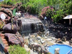 водопад 100 яиц