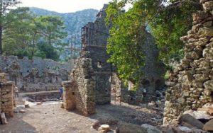 руины олимпоса в кемере