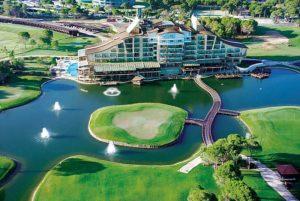 отель с полем для гольфа в белек