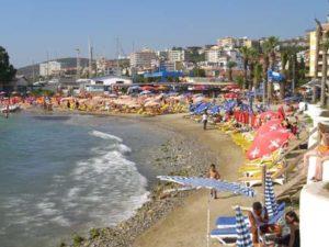городской пляж в кушадасы