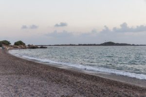 пляж в посёлке окурджалар