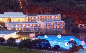 отель Henn-na Hotel