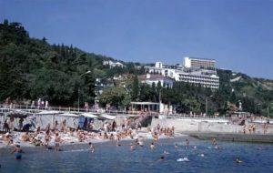 пляж в городе алушта
