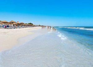 пляж в махдия