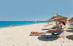 пляж на курорте махдия