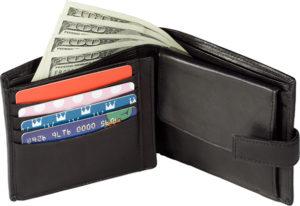храните карты и деньги в разных местах
