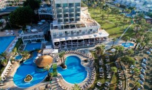 отель Golden Bay Beach Hotel 5 в ларнаке