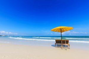 пляж курорта хуа хин в тайланде