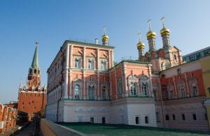 потешный дворец в московском кремле