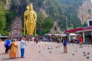 туристы в малайзии