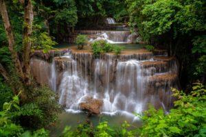 уровни водопада Хуэан Сринагариндра